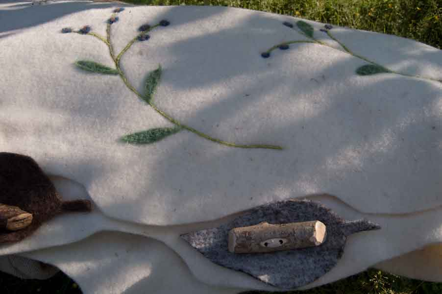 Leafcocoon wool coffin detail - Forget-me-not Design