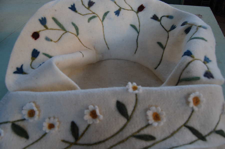 Flower details of shroud coffin liner